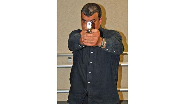 man-with-gun_10887907.psd