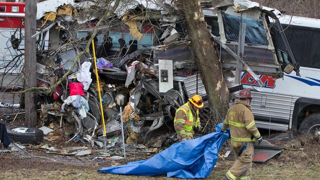 bus crash pa.jpg