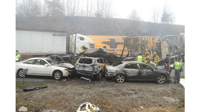 i-77 wreck.jpg_10912551.jpg
