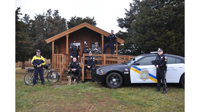 mpd-group-photo-cabin-1500_10916427.psd