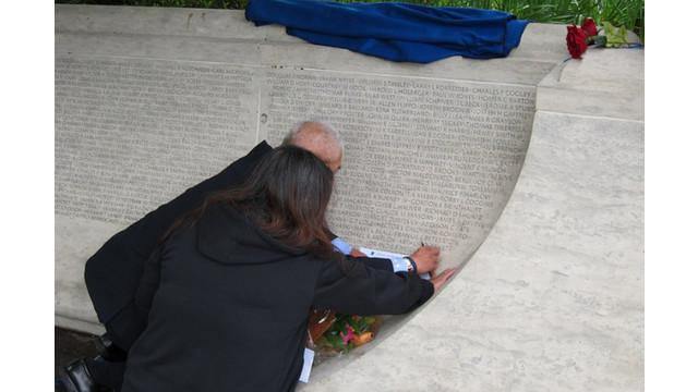 memorialunveilingceremony2.jpg