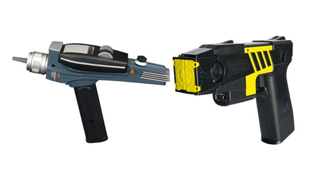 phaser-vs-taser-comp-1.jpg