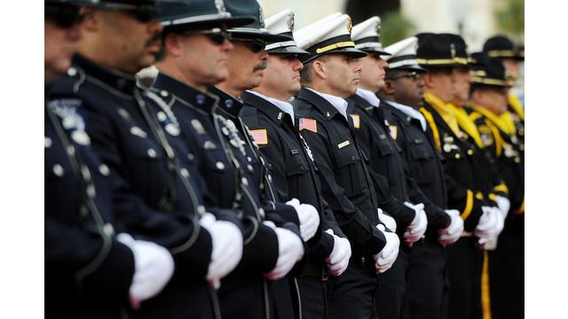 US-NEWS-OBAMA-POLICE-4-ABA.jpg
