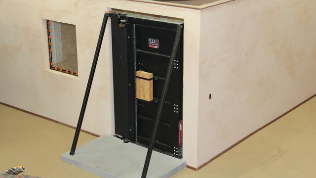 icombat-facility-waukesha-613-_11031586.psd