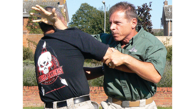 tony-blauer-in-action-2_10989793.psd