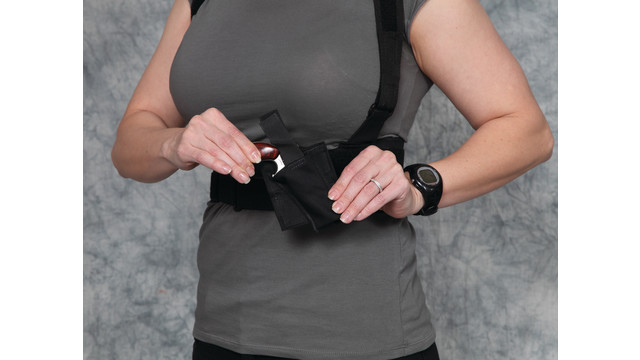 2-UNIVERSAL-HARNESS-WITH-NAA-PISTOL-BLACK.JPG