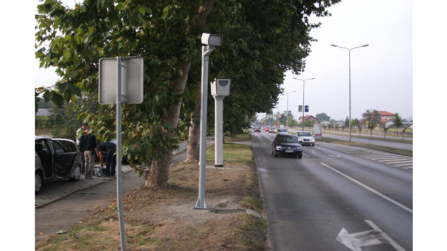 REDFLEXred-speed-intersection-enforcement-camera2.jpg
