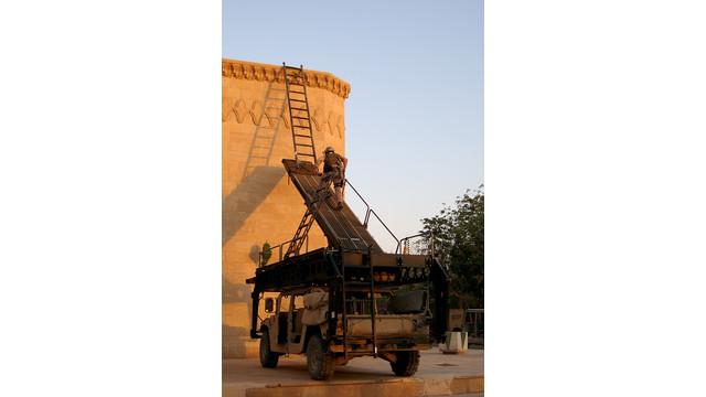 mars-hmmwv-iraq_11281736.psd