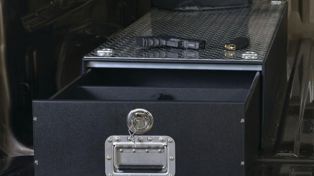 mobilestrong-hdp-narrow-drawer_11309735.psd
