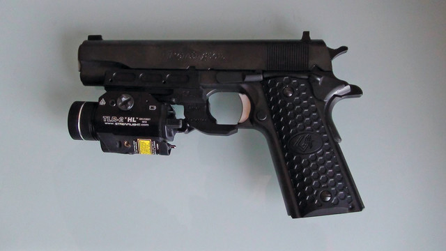 tactical-rail-for-pistol-3_11304889.psd