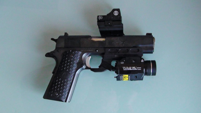 tactical-rail-for-pistol-6_11304892.psd