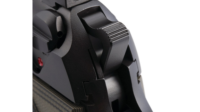 beretta-custom-handgun-pistol-_11355506.psd