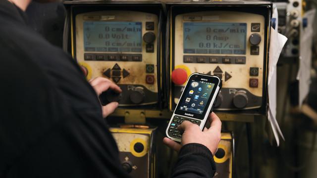 handheld-nautiz-x4-rugged-ip65_11323647.psd