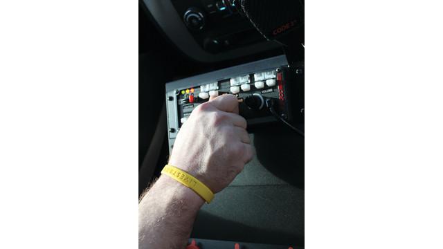 code3-officer-hand-banshee_11415928.psd