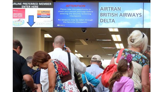 US-NEWS-AIRPORTS-GUNS-OS.jpg
