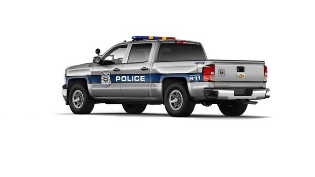 2015-Chevrolet-Silverado-SSV-002.jpg