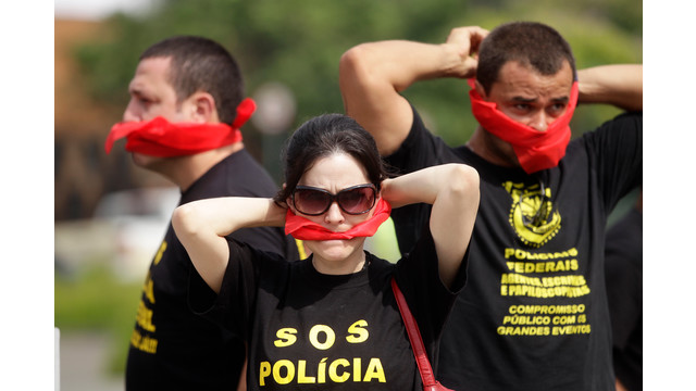 brazilpolice2.jpg