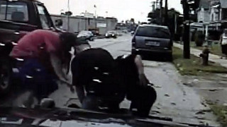 Two Men Help Ohio Officer Make Arrest