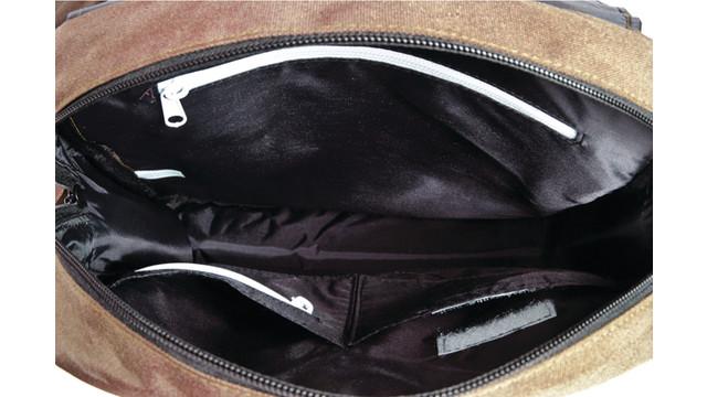 man-pack-inside_11584706.psd