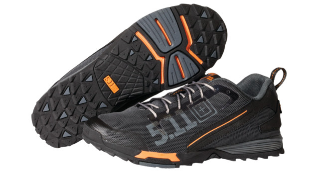 511recon-trainer-charcoal-iso_11622247.psd