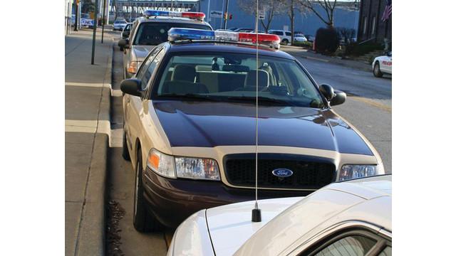 police-cars-parked_11675143.psd